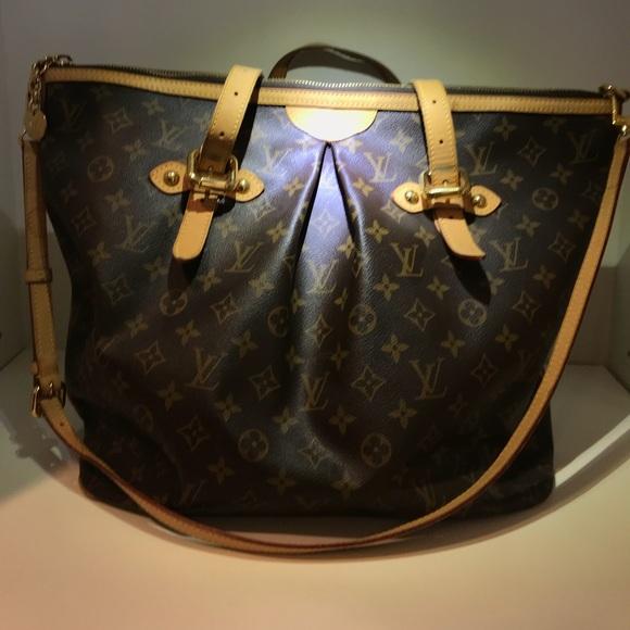 Louis Vuitton Handbags - Louis Vuitton Large Tote with Crossbody